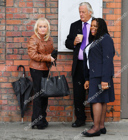 Editorial photo of Jenny Hicks With Barrister Michael Mansfield At The Cps Announcement Over The Hillsborough Disaster At Parr Hall Warrington Cheshire.