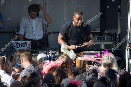 Simon Webbe plays a DJ set
