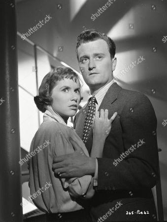 Muriel Pavlow (Caroline Cartier), Patric Doonan (Brian Jackson)