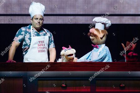 Kevin Bishop guest star, The Swedish Chef. The Muppets perform their full length live show for the first time ever in Europe.