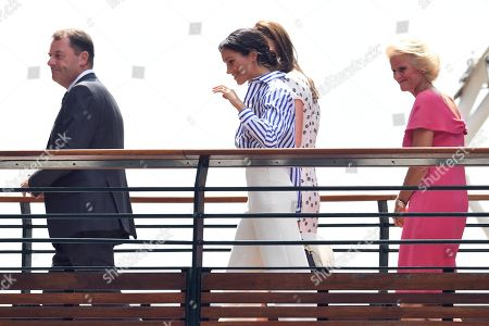Catherine Duchess of Cambridge and Meghan Duchess of Sussex, Phillip Brook, AELTC Chairman and Gill Brook