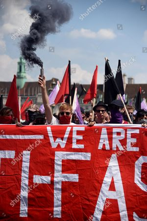 Anti Fascist and pro Tommy Robinson marches, London
