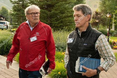 Tom Brokaw and Hank Crumpton