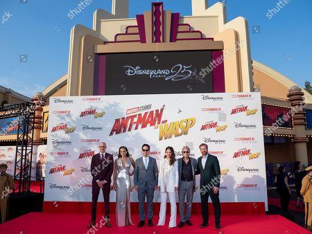 Stock Photo of Peyton Reed, Hannah John-Kamen, Paul Rudd, Evangeline Lilly, Michael Douglas and Stephen Broussard