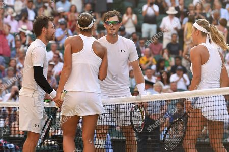 Alexander Peya and Nicole Melichar celebrate victory in the Mixed Doubles final against Jamie Murray and Victoria Azarenka