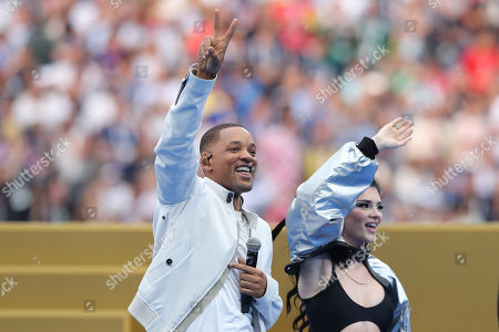 Era Istrefi, Will Smith and Nicky Jam during the closing ceremony