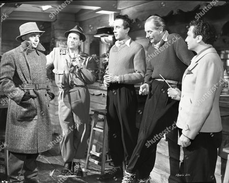 Herbert Lom (Keramikos), Stanley Holloway (Wesson), Dennis Price (Blair), Guy Middleton (Mayne), Marcel Dalio (Valdini)