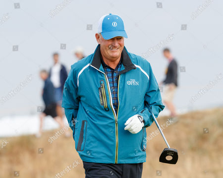 Sandy Lyle of Scotland on the first green