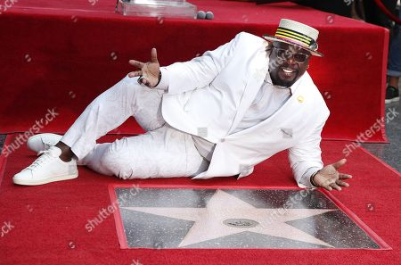 Cedric the Entertainer honored with a star on the Hollywood Walk of Fame