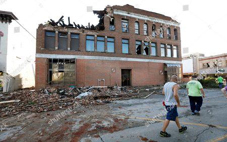 Tornado hits Marshalltown, Iowa
