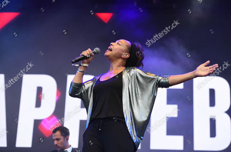 Stock Image of Kim Appleby performing live at 80s extravaganza Rewind Festival, Scone Palace, near Perth, Scotland