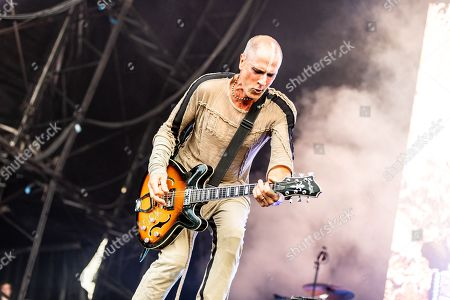 Steve Harris performing on the Lovell Stage