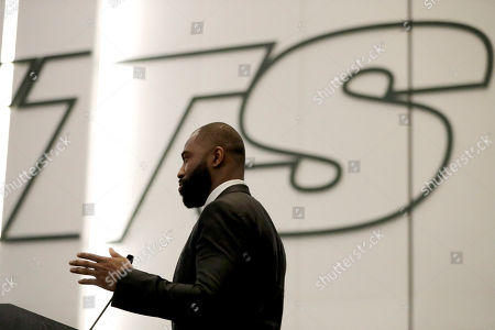 Former New York Jets cornerback Darrelle Revis speaks during a news conference officially announcing his retirement from NFL football, in Florham Park, N.J. Revis leaves behind an 11-season career that included four All-Pro selections an a Super Bowl win with the New England Patriots