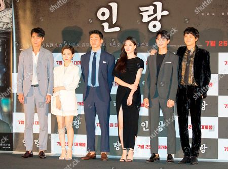 Cast members (L-R) Jung Woo-sung, Han Ye-ri, Kim Mu-Yeol, Han Hyo-joo, Choi Min-Ho and Gang Dong-Won