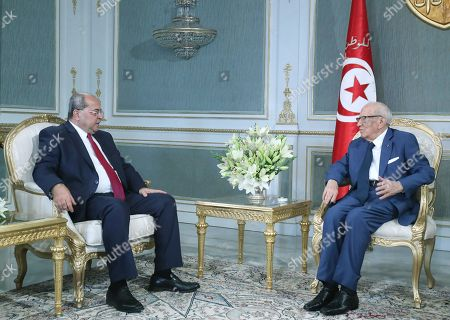 Israeli-Arab member of the Knesset Ahmad Tibi meets with Tunisian President Beji Caid Essebsi (R) in Carthage Palace in Tunis