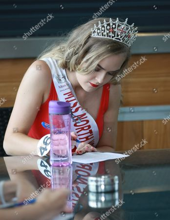 #46 Sophie Anderton Miss North Yorkshire 2018 taking part in the Miss Beautiful Mind (general knowledge quiz contest)