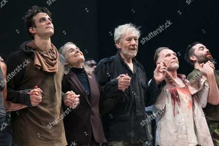 Luke Thompson (Edgar), Sinead Cusack (Kent), Sir Ian McKellen (King Lear), Danny Webb (Gloucester) and James Corrigan (Edmund) during the curtain call