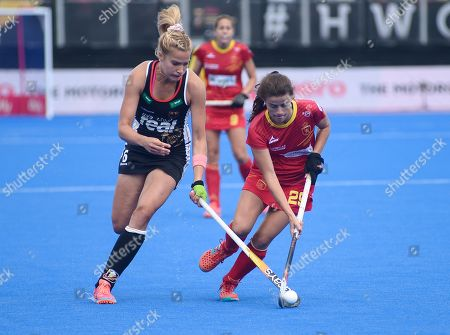 Lucia Jimenez of Spain and Hannah Gablac of Germany battle for the ball