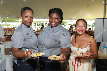Stock Picture of Chef Jessica Craig (on left)
