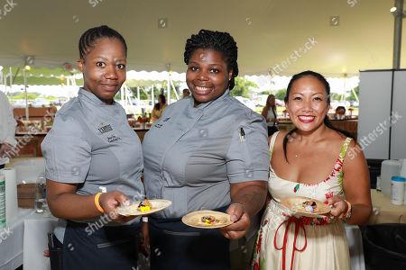 Stock Photo of Chef Jessica Craig (on left)