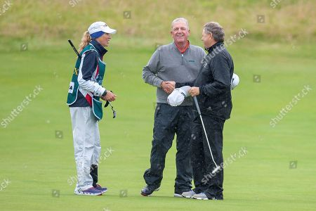 Mark Calcavecchia shakes hands with Andrew Oldcorn on the 18th green after the final round of the Rolex Senior Golf Open at St Andrews, West Sands. Picture by Malcolm Mackenzie