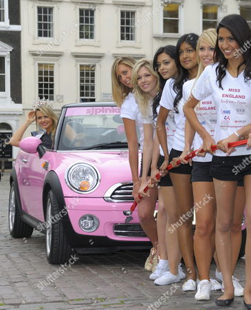 Laura Coleman (winner of Miss England 2008, in car) and Miss England finalists