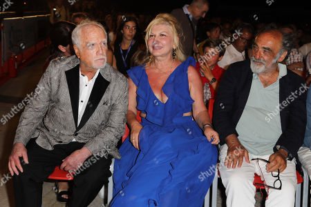 Richard Dreyfuss with his wife Svetlana Erokhin and Alessandro Haber