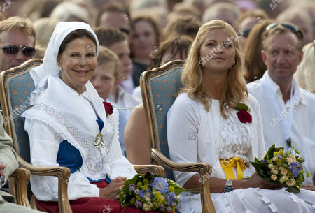 Queen Silvia and Princess Madelaine