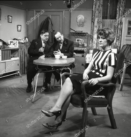 Christine Hargreaves (as Christine Appleby), Campbell Singer (as Edwin Mason) and Frank Pemberton (as Frank Barlow)