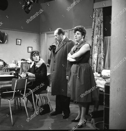 Christine Hargreaves (as Christine Appleby), Campbell Singer (as Edwin Mason) and Pat Phoenix (as Elsie Tanner)