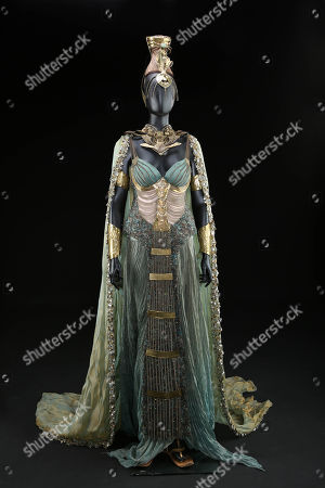 Nephthys's (Emma Booth) Coronation Dress worn to Horus' coronation
