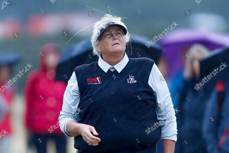 Laura Davies plays from the rough during the Ricoh Women's British Open golf tournament at Royal Lytham and St Annes Golf Club, Lytham Saint Annes. Picture by Simon Davies