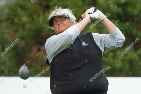 Laura Davies drives during the Ricoh Women's British Open golf tournament at Royal Lytham and St Annes Golf Club, Lytham Saint Annes. Picture by Simon Davies