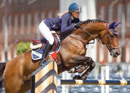 Jessica Mendoza (GBR) riding horst van de Maipelaere during the FEI Art CS12
