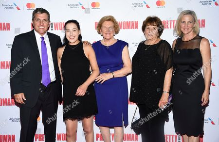 "Scott Marshall, Charlotte Marshall, Barbara Marshall, Ronny Hallin, Kathleen Marshall. Marshall family members, from left, Scott Marshall, Charlotte Marshall, Barbara Marshall, Ronny Hallin and Kathleen Marshall attend a Garry Marshall tribute performance of ""Pretty Woman: The Musical"" at The Nederlander Theatre, in New York"