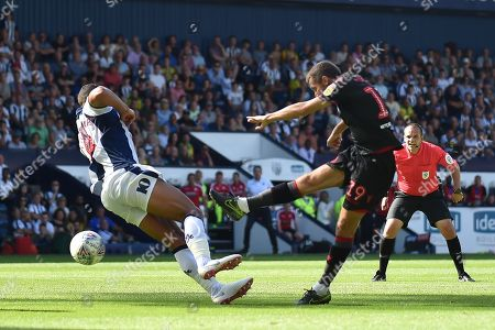 Bolton Wanderers midfielder Gary O'Neil takes a shot at goal during the EFL Sky Bet Championship match between West Bromwich Albion and Bolton Wanderers at The Hawthorns, West Bromwich. Picture by Dennis Goodwin
