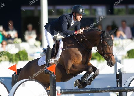 Scott Brash (GBR) riding Hello Mr President in the jump-off for the Longines Champions Tour Grand Prix