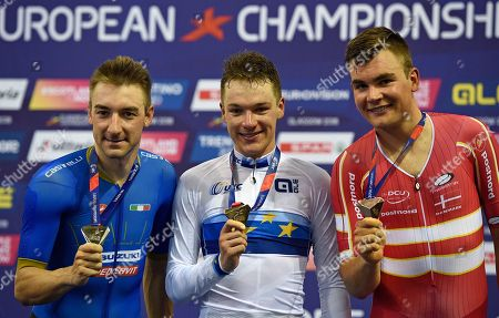 Ethan Hayter (C) of Great Britain wins gold in the Mens Track cycling Omnium Points race with Elia Viviani of Italy (L) silver and Casper von Folsach of Denmark (R) bronze at the Glasgow 2018 European  Championships, Glasgow, Britain, 04 August 2018.