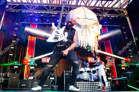Five Finger Death Punch - Chris Kael