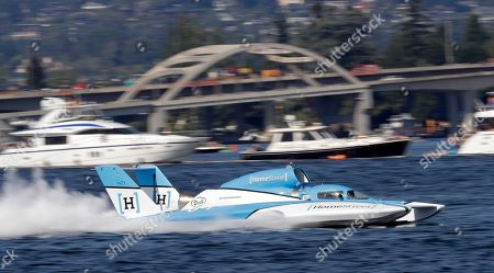 Jimmy Shane, Andrew Tate. Jimmy Shane, driving the HomeStreet Bank boat, competes in the H1 Unlimited Albert Lee Appliance Cup during Seafair weekend, in Seattle