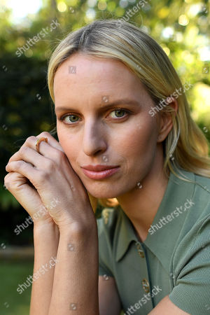 823df87205 Victoria Secret model Karolina Kurkova poses for a photograph in Sydney