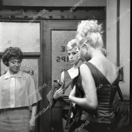 Eileen Mayers (as Sheila Birtles), Sheila Fearn (as Gloria Dee) and Yvonne Walsh (as Della Dee)