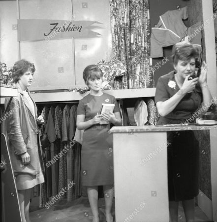 Christine Hargreaves (as Christine Appleby) and Pat Phoenix (as Elsie Tanner)