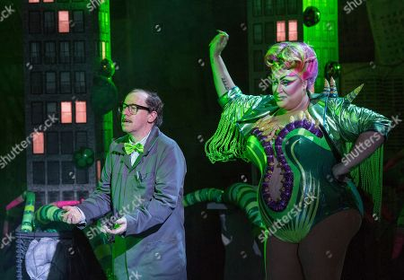 Forbes Masson as Mr Mushnik, Vicky Vox as Audrey II