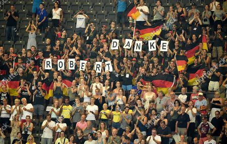 Spectators cheer for Robert Harting of Germany after the Men's Discus Throw final at the Athletics 2018 European Championships, Berlin, Germany, 08 August 2018.