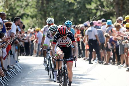 Dan Martin Ireland UAE team lost all the time he has gained in the laste few days, by a small crash before the finish