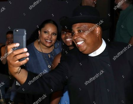 Joseph Simmons, Miley Justine Simmons, Justine Simmons. Joseph Simmons, from right, Miley Justine Simmons and Justine Simmons are seen at Netflix's All About the Washingtons Premiere Party at Madera Kitchen on in Los Angeles