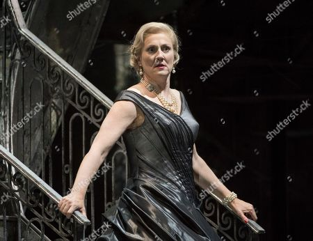 Emma Bell as Venessa