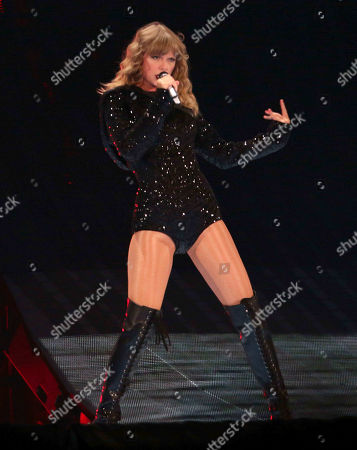 Taylor Swift Concert Mercedesbenz Stadium Atlanta Stock Photos Exclusive Shutterstock