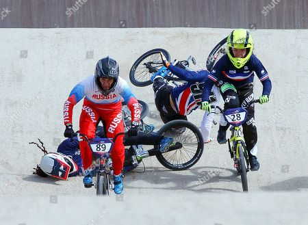 Manon Valentino (back L) of France and Bethany Shriever (2-R) of Britain fall during the women's BMX semi final at the Glasgow 2018 European Championships in Glasgow, Britain, 11 August 2018.